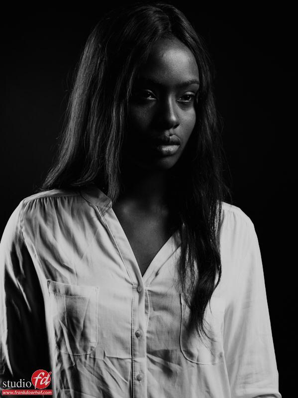 Stephanie Omogun Augustus 22 2014       5 1